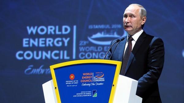 Putin: Petrol üretiminin kısıtlanması doğru yöntem