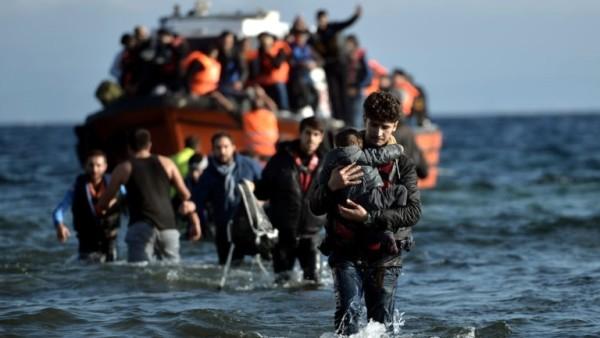 Hollanda: Yunanistan Mülteci Anlaşmasını Sabote Ediyor
