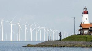 Hollanda Kuzey Denizi'nde üç yeni rüzgar çiftliği kuruyor