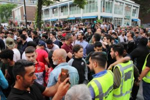 PEGIDA, Laleli Camisi önünde domuz etli mangal partisinden vazgeçti