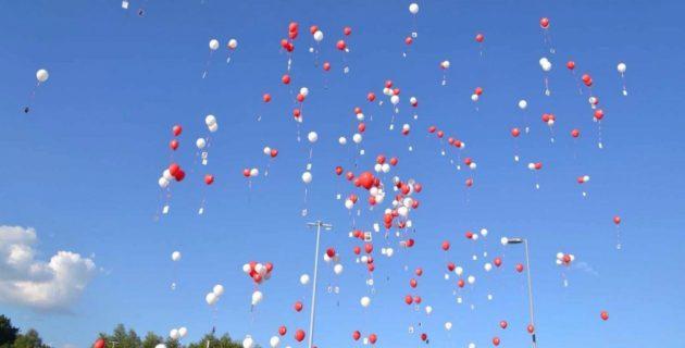 R'dam kentinde 15 Temmuz şehitleri anısına balonlar gökyüzüne bırakıldı