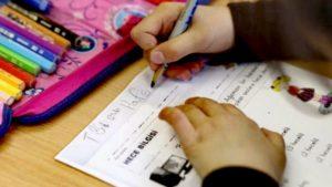 YTB'den, Avrupa'daki Türk gençlerine 'hafta sonu' okulu