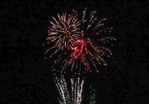 Lahey kenti sahilinde 39. Uluslararası Havai Fişek Festivali