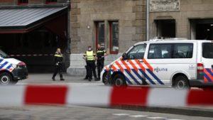 Amsterdam'da 2 Saldırgan, Silahla Vurularak Etkisiz Hale Getirildi