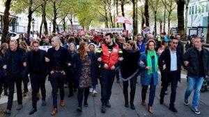 Hollanda'da Kamu Çalışanlarından Hükümet Karşıtı Protesto