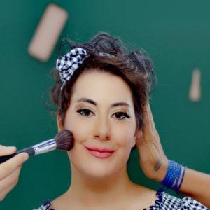 Hollanda'da Yaşayan Türk Sanatçı Gülşah Kelekçi, Yedi Düvel Şarkısıyla Çıkış Yaptı!