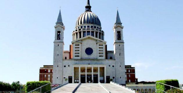 Müslümanlar açık artırmada 450 bin euro fazla vererek kilise satın aldı, ortalık karıştı