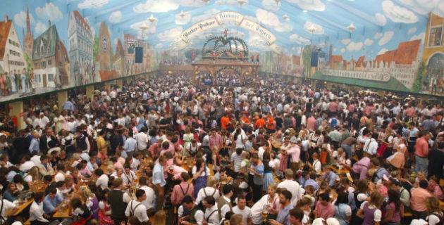 Turistlerin Akın Ettiği 16 Günlük Festivalde, 6 Bin Kişi Komaya Girdi