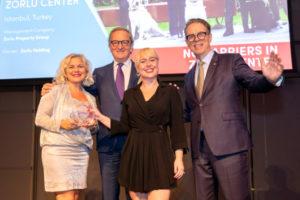 Amsterdam'da 'Zorlu'da Engel Yok' Projesi Ödüle Layık Görüldü