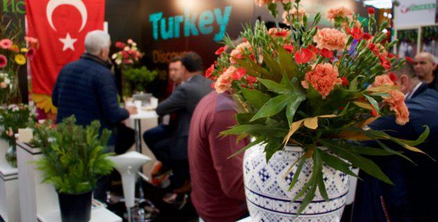 Haarlem'de'de Çiçekçilik Ticareti Fuarı'nda Türk Standına Yoğun İlgi