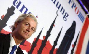 Hollandalı Milletvekilindan İslamofobik Talep