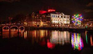 AMSTERDAM'DA IŞIK SANAT FESTİVALİ