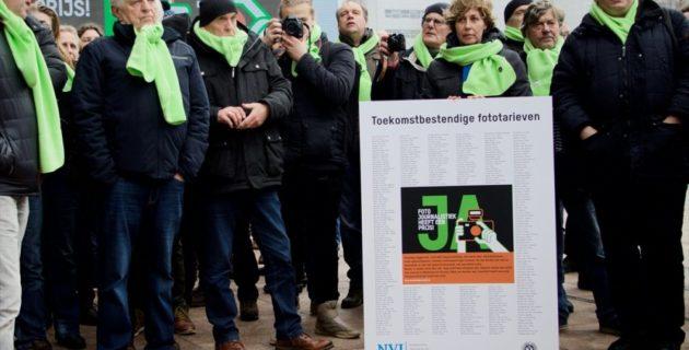 Hollanda'da Foto Muhabirlerinden Grev
