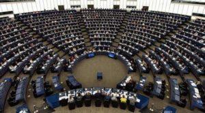 Hollanda'da AP seçimleri için oy kullanma işlemi sona erdi