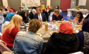 Hollanda Krali Willem Alexsander Den Haag'da iftar sofrasina katildi