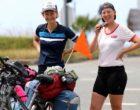 Bisikletle dünyayı geziyorlar