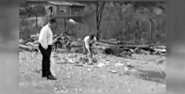 Hollandalı askerler Srebrenitsa'da kullandıkları kamerayı müzeye bağışladı