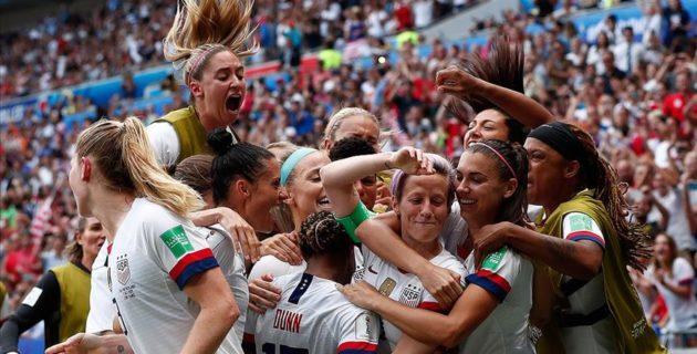 ABD, Hollanda'yı 2-0 mağlup ederek şampiyonluğa ulaştı.