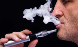 Elektronik sigara kaynaklı solunum yetmezliğinden ilk ölüm