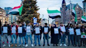 "Hollanda'da ""İdlib'i kurtar"" gösterisi"