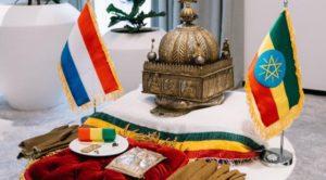 Hollanda, 3 asırlık tacı Etiyopya'ya iade etti