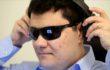 Görme engelli Türk mühendis Facebook'un 'göz bebeği'