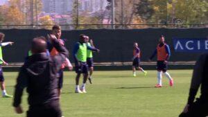 Hollandalı futbolcu Mitchell Donald, Erzurum'da mutlu Açıklaması