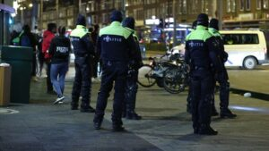 Salgın kısıtlamalarına karşı gösteriler Avrupa'daki birçok ülkeye sıçradı