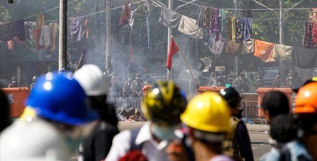 Aktivistler, Hollandalı emeklilik fonlarını, Myanmar ordusuyla bağlantılı yatırımları durdurmaya çağırdı
