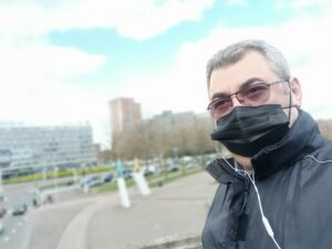 Avrupa'da dakikada 160 kişi Covid'e yakalanıyor