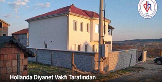 Hollanda Diyanet Vakfı Tarafından Yaptırılan Cami İbadete Açıldı