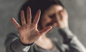Hollanda'da 16-24 yaş arasındaki çoğu kadın her beş gençten biri ev içi şiddet mağduru