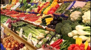 Hollanda'da israfı önlemek için raflara 'yeni sebzeler' geliyor